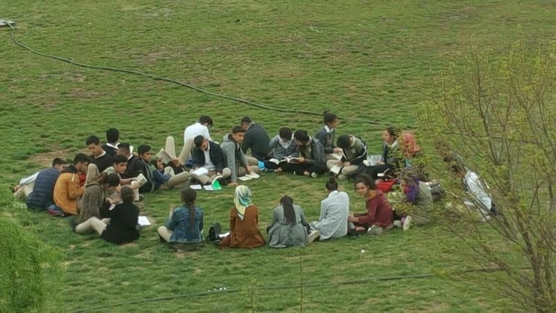 Bismil 15 Temmuz Şehitler Anadolu Lisesi nden Kütüphaneler Haftası Etkinliği