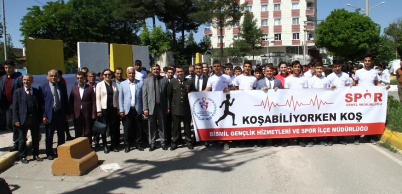 Bismil'de Gençlik Yürüyüşü Yapıldı