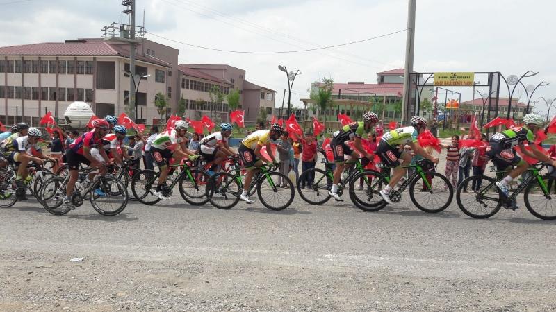 Uluslararası Mezopotamya Bisiklet Turunun 3. Etap Yarışması Bismil Güzergah Olarak Kullanıldı
